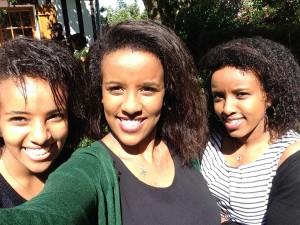 Clara selfie with her sisters.